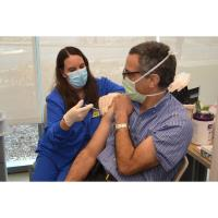 Frontline healthcare workers receive initial COVID-19 vaccinations at 3 Northwest Indiana Franciscan