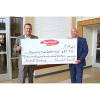 Strack & Van Til Donates $40,000 to Boys & Girls Clubs
