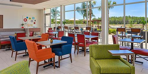 Gallery Image holiday-inn-express-and-suites-ruskin-5972102719-2x1.jpg