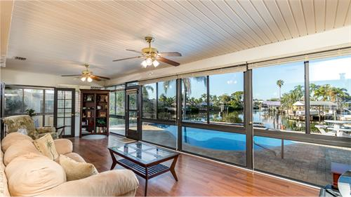 609 Apollo Beach Blvd., Apollo Beach, FL - Waterfront, pool, dock. Great Views!