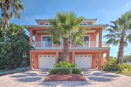 1421 Apollo Beach Blvd., Apollo Beach, FL - Waterfront, pool, dock. Amazing views!
