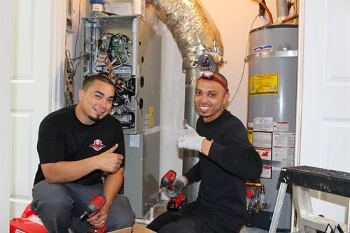 Lead Install Technician, David Mendoza installing a new HVAC system in Blackhawk Danville, CA