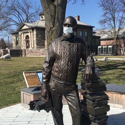 HCDL Duane Zemper Statue