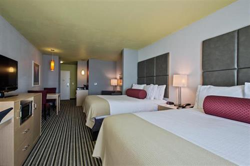 Suites 2 Queen Bed
