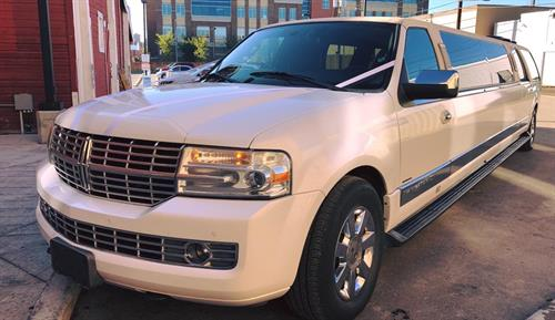 Lincoln Navigator SUV Stretch Limousine