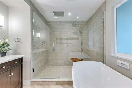 Gallery Image X13_-_2872-Wembley-Dr-360hometours-03s.jpg