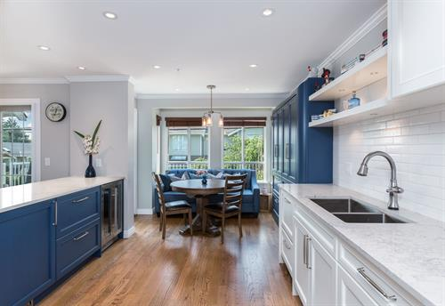 Gallery Image X8_-_451-St-Andrews-Ave-360hometours-04s.jpg