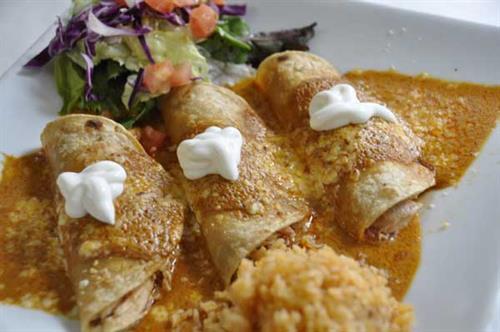 Enchiladas Crema Chipotle
