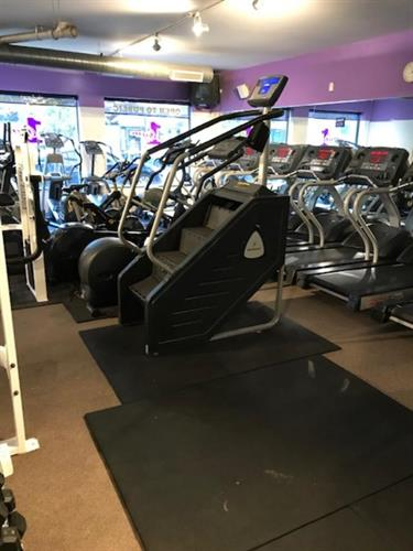 Gallery Image gym1.jpg