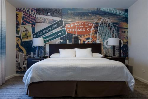 Gallery Image Hotel_Versey_1_King_Bed.jpg