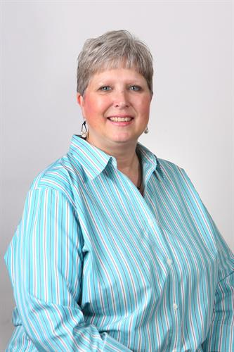 Lyn Howell, Commerical Lines Manager