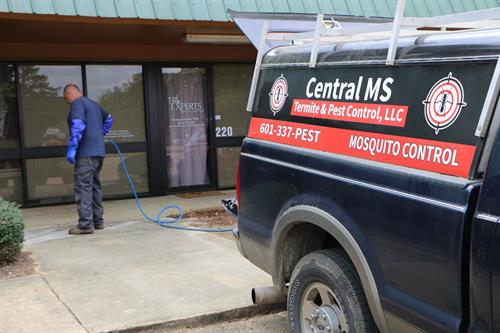 Gallery Image Commercial_Termite_Services.jpg