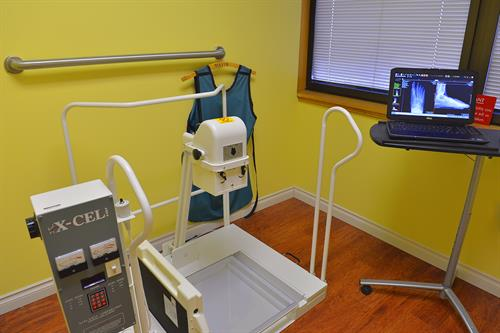 This is our new digital x-ray machine - takes fantastic images in a fraction of the time of traditional plain film units