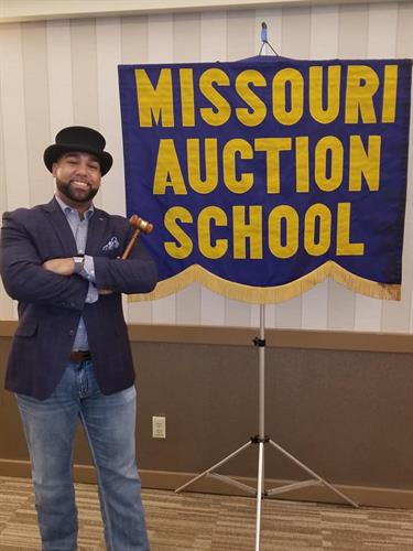 Missouri Auction School Graduate