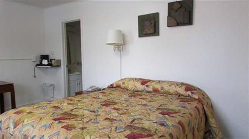 Original room with 1 queen bed