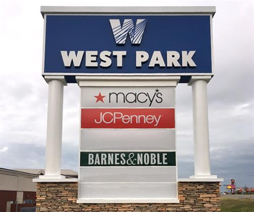 West Park Mall (Monument Sign)