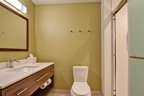 Studio King or Double Queen Suite Bathroom Area