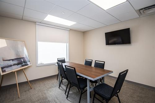 10 Person Zumbro Meeting Room