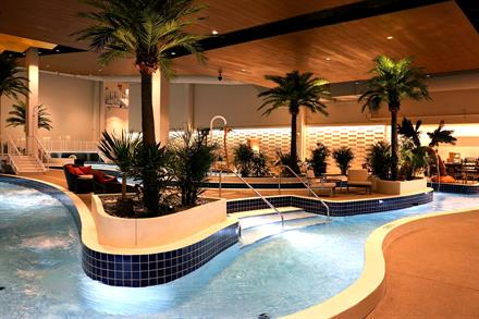 Gallery Image Lagoon_LazyRiver.jpg