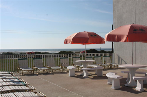 Gallery Image Sundeck.png