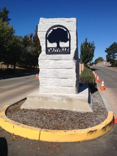 Gallery Image TOD_monument.JPG