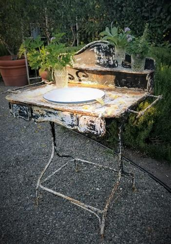 Distressed French Vintage Basin