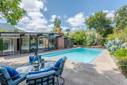 Gorgeous Eichler in San Rafael for Sale!