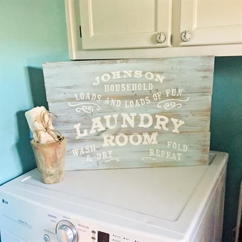 Gallery Image laundry-room-sign_(1).jpg
