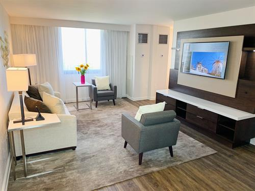 King Suite Living Room