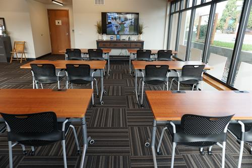 Our lobby features full multimedia compatibility for training events.