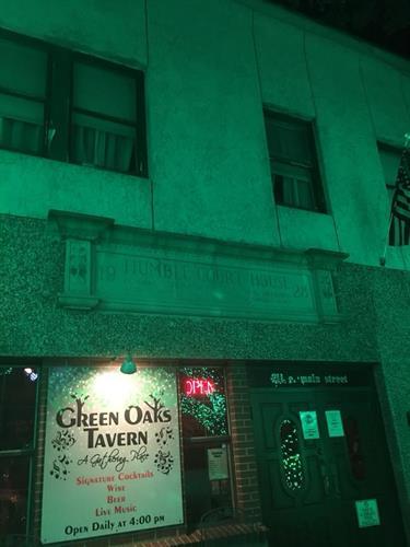Green Oaks Tavern