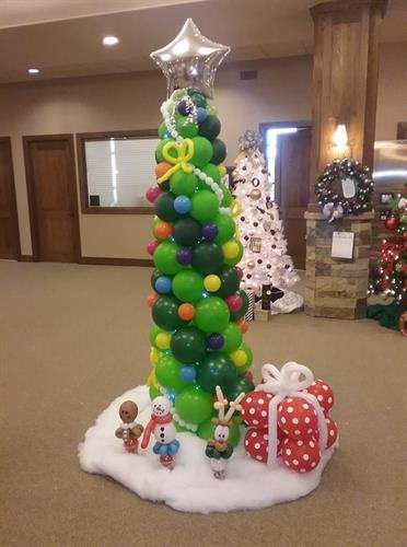 Gallery Image balloon_tree.jpg