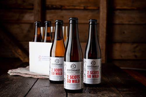 2 Scots Go Wild Cider, using wild apples from Riverdale to make another outstanding natural Cider, No added Sulphites, literally just the juice of the wild apples. Nature in a Bottle
