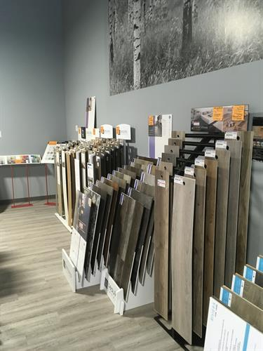 Vinyl Planks and Vinyl Tiles