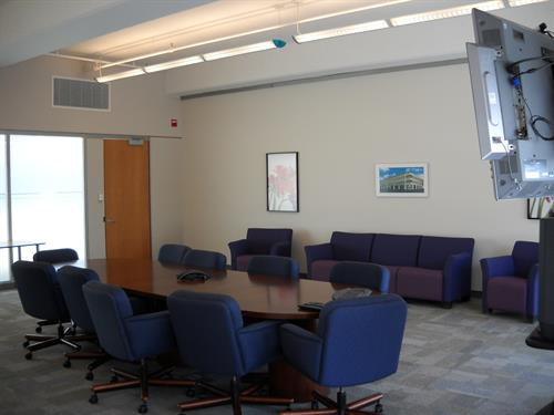 Suite 400 Meeting Room