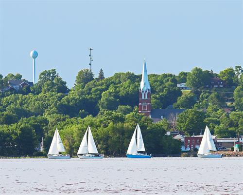 Sailing on the Mississippi River