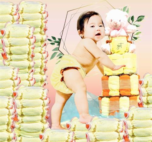 Reusable and sustainable cloth diapers made of microfiber fleece materials