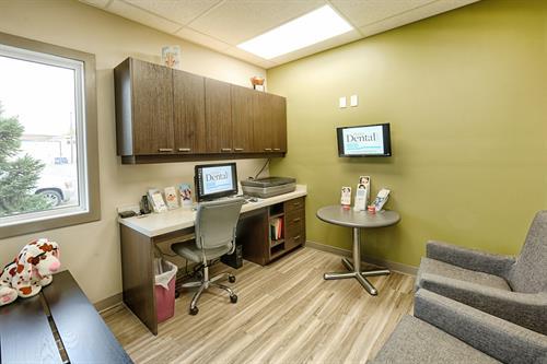 Prairie Dental Leduc - Consult Room