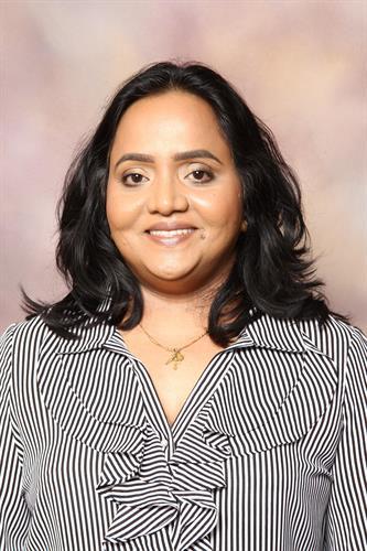 Dr.Mary Karolin,DDS (University of Alberta)