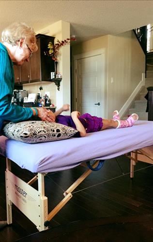 I'm helping a young girl with cerebral palsy