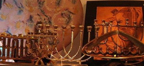 Gallery Image judaiica.JPG