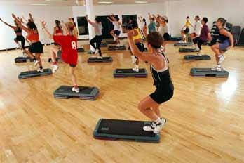 Gallery Image gym-step-class-348vv62410-1277408054.jpg