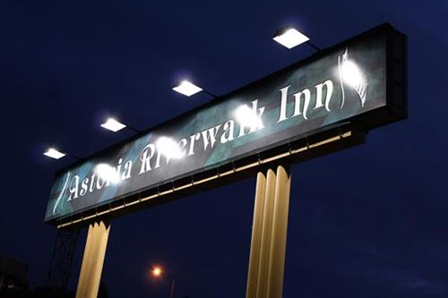Astoria Riverwalk Inn!