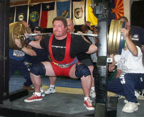 Mike - 827lb squat