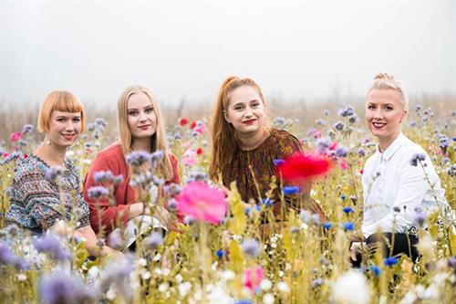 Enjoy Kardemimmit, music from Finland