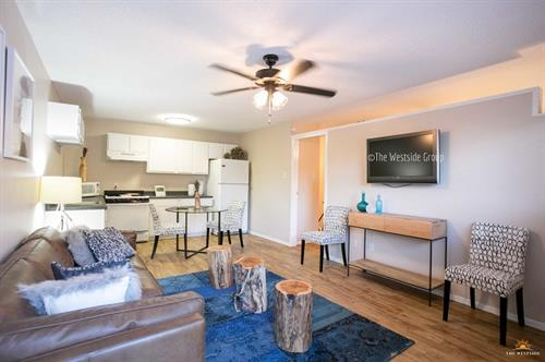 6th Street West, 1 Bedroom Apartment Unit
