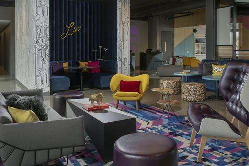 W XYZ Lounge at Aloft Dublin-Pleasanton