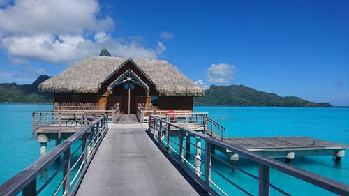 Luxury villa with independant sound system, hotel Intercontinental Bora Bora