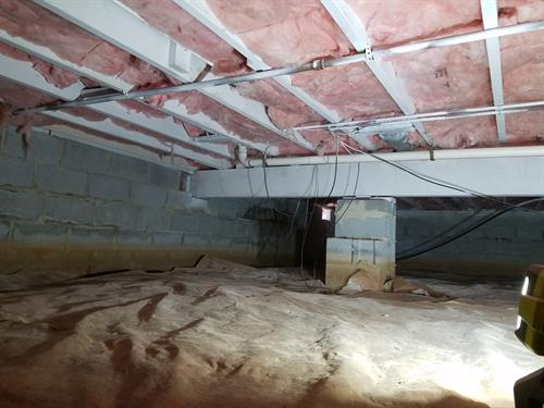 Crawlspace mold removal and encapsulation