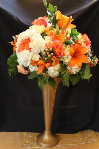 Gallery Image orange_andcreamRosessay.jpg